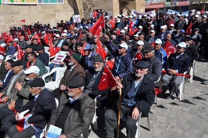 Orman ve Su İşleri Bakanı Prof. Dr. Veysel Eroğlu, 16 Nisan referandumuna değinerek: