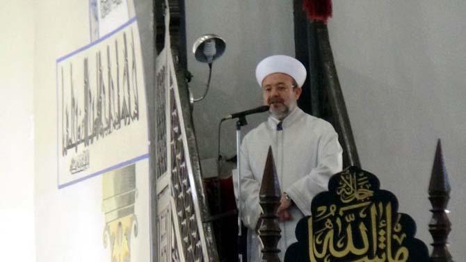 Diyanet İşleri Başkanı Mehmet Görmez, Kütahya Ulu Camii'nde hutbe okudu, Cuma namazı kıldırdı