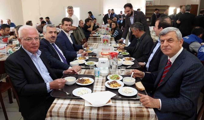 Başkan Karaosmanoğlu'ndan Körfez turu