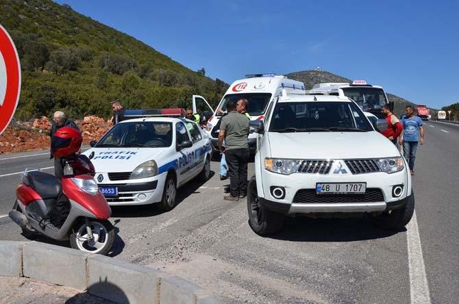 Milas'ta kontrolsüz dönüş kaza getirdi; 2 yaralı