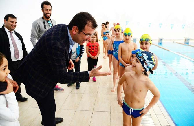 Beylikdüzü Yüzme Kulübü açıldı