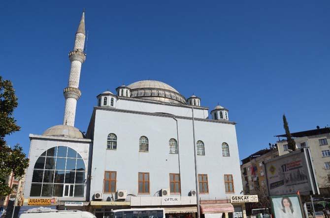 """Anlayan: """"Orta Büyük Cami yerine yeni cami yapma kararı alındı"""""""