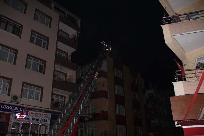 Güngören'de Çatı Yangını