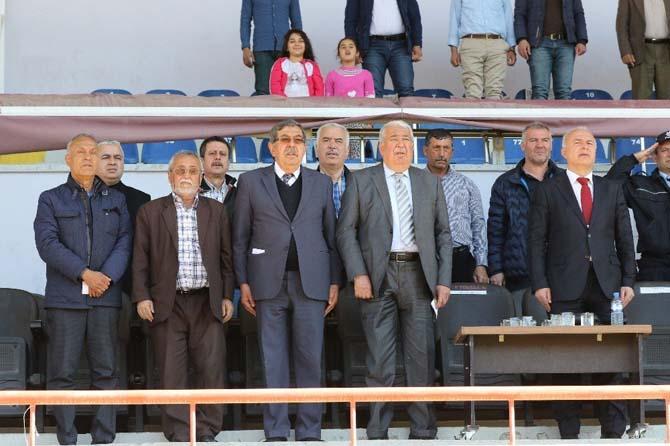 Manisa Büyükşehir, Kırıkhan'ı rahat geçti
