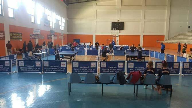 Masa tenisi il birinciliği müsabakaları büyük bir heyecana sahne oldu