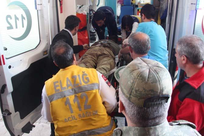 Tunceli'de yaralanan bir asker Elazığ'a getirildi