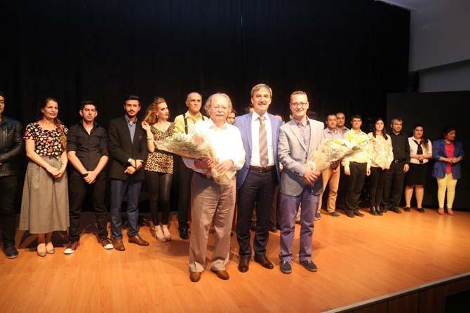 Başkan Şirin 27 Mart Dünya Tiyatrolar Günü'nü kutladı