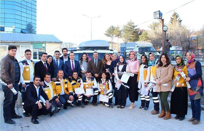 Kaymakamı Yaşar, Acil Tıp Teknisyenlerinin gününü kutladı