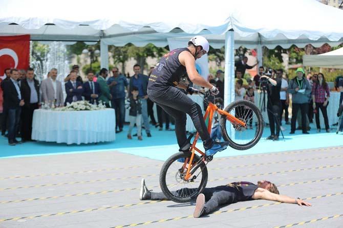 Büyükşehir'den bisiklet atağı