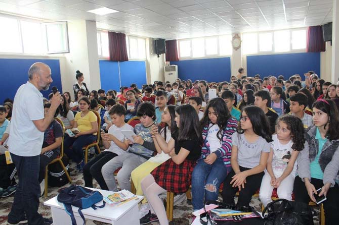 Yazar Duran Çetin, Kozan'da öğrencilerle buluştu