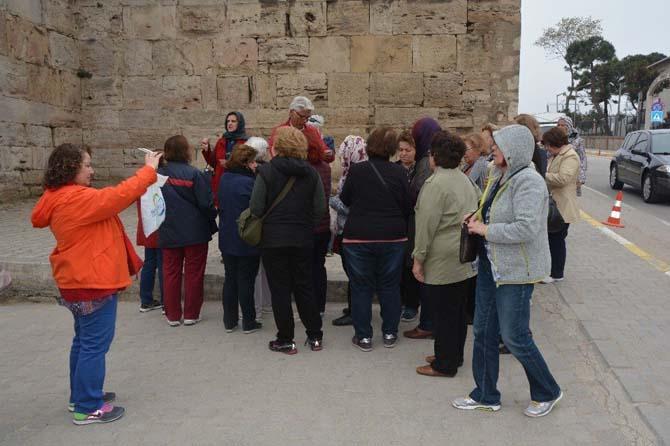 Emekli öğretmenler Sinop'u gezdi