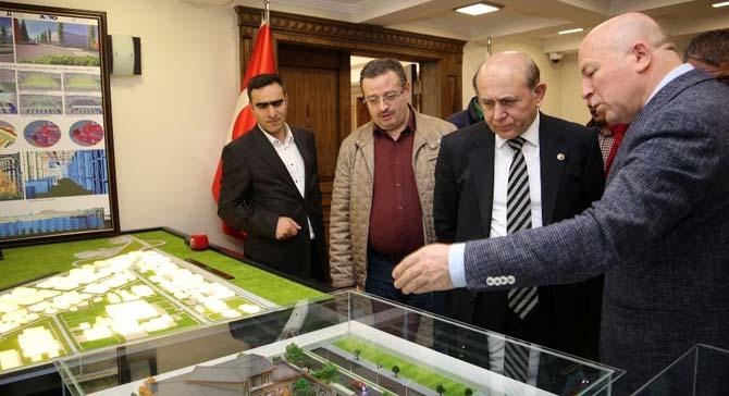 AK Parti İstanbul Milletvekili Burhan Kuzu Başkan Sekmen'i ziyaret etti