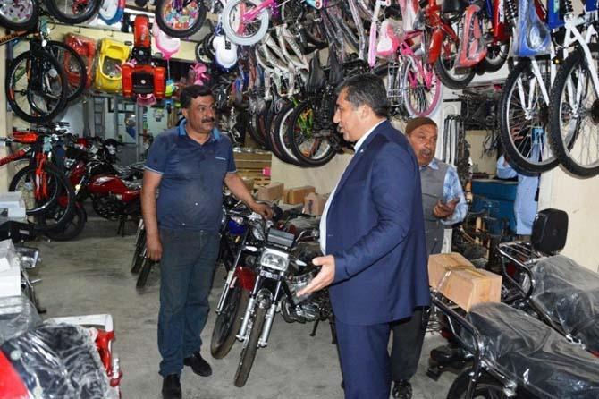 Başkan Atilla'dan esnaf ziyareti