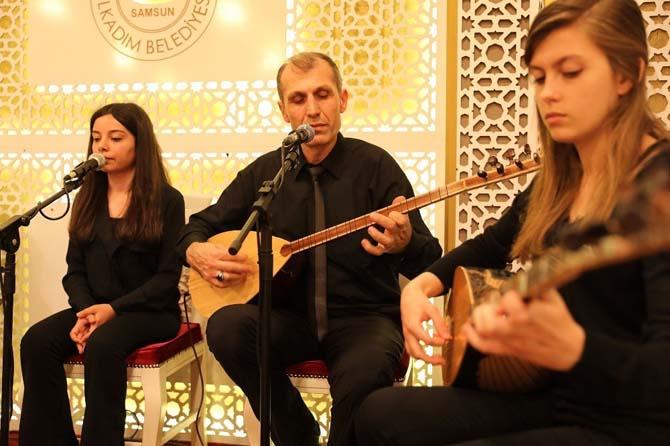 İlkadım'da Malazgirt'ten Dumlupınar'a Şiir ve Türkü Gecesi