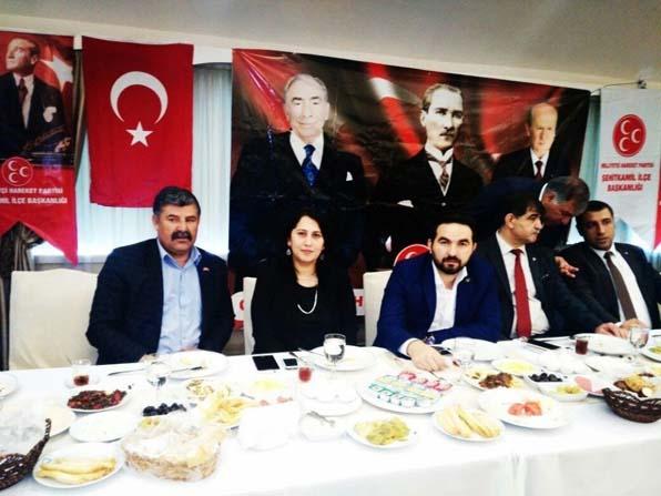 Taşdoğan MHP'li delegelerle biraraya geldi