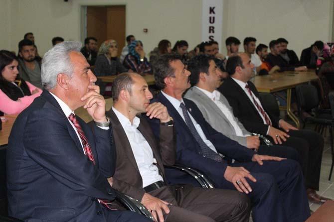 Erciş'te 'Adı Aşk Olsun' semineri