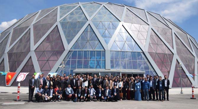 """Türk Dünyası """"V'inci Gençlik Kurultayı""""nda buluştu"""