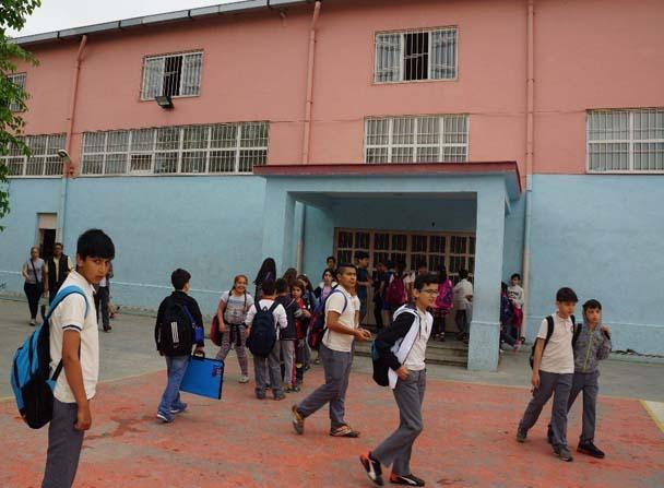 Spor salonunun demir korkuluğu kırıldı: 5 öğrenci yaralı