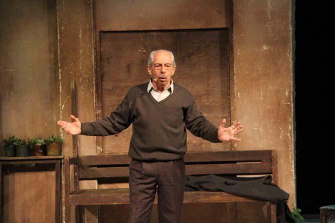 'Yaşamaya dair' müzikali Biga'da sahnelendi