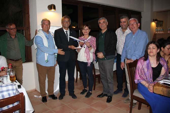 Almanya'daki tur operatörleri ve seyahat acenteleri İzmir'de
