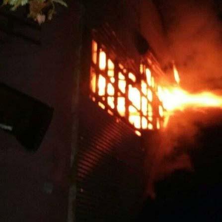 Emekli güvenlik korucunun evinde korkutan yangın