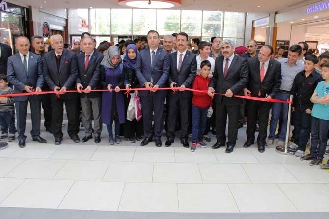 Malatya Parkı AVM 'de Gürün fotoğraf sergisi açıldı