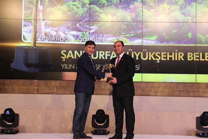 Altın Palmiye'de yılın Belediye Başkanı Nihat Çiftçi oldu