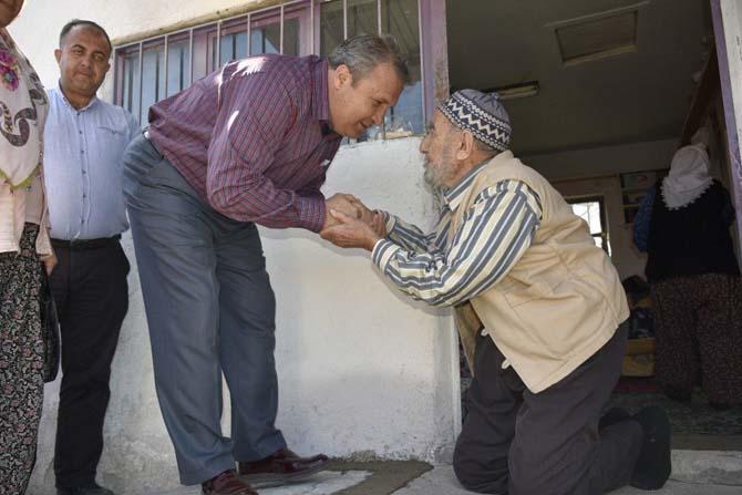 Yaşlı adam akülü aracına Yunusemre'yle kavuştu