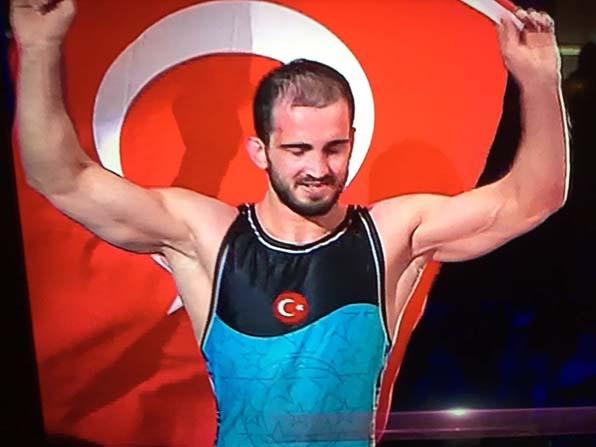 BÜ Öğrencisi Aslan Atem Avrupa 3.'sü oldu