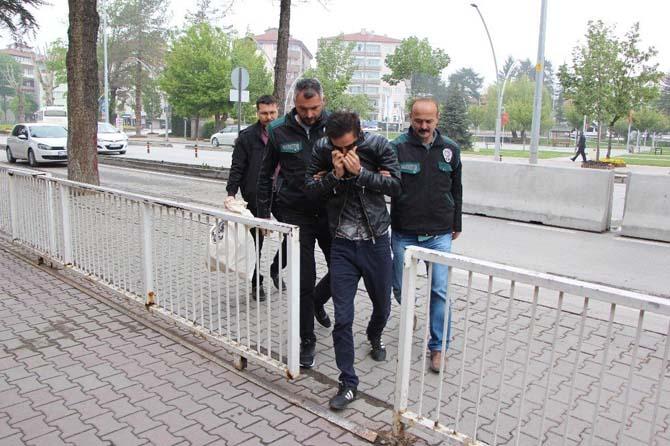 Uyuşturucu sattığı iddia edilen şahıs adliyeye sevk edildi