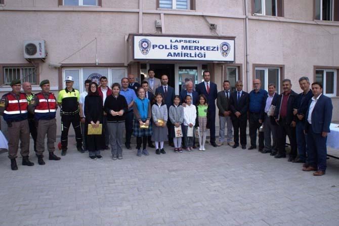 Lapseki'de Trafik ve İlk Yardım Haftası etkinlikleri