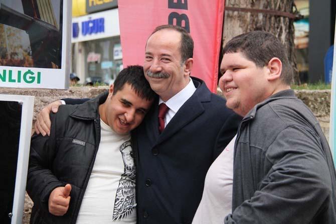 Edirne Belediye Başkanı Gürkan'dan 'anlamlı' mesaj