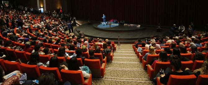 GAÜN'de coşkulu Türkmen Gecesi konseri