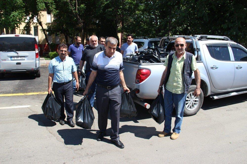 Sanayi esnafına 500 gıda paketi dağıtıldı