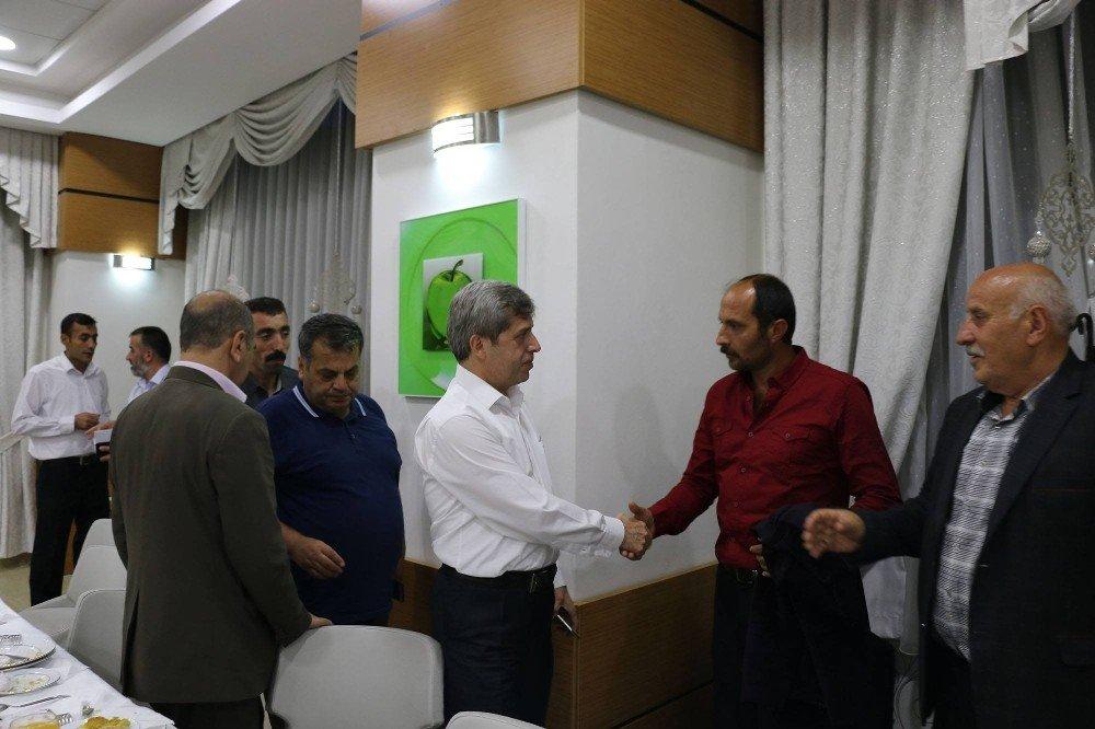 Başkan Vekili Çınar, muhtarlarla bir araya geldi