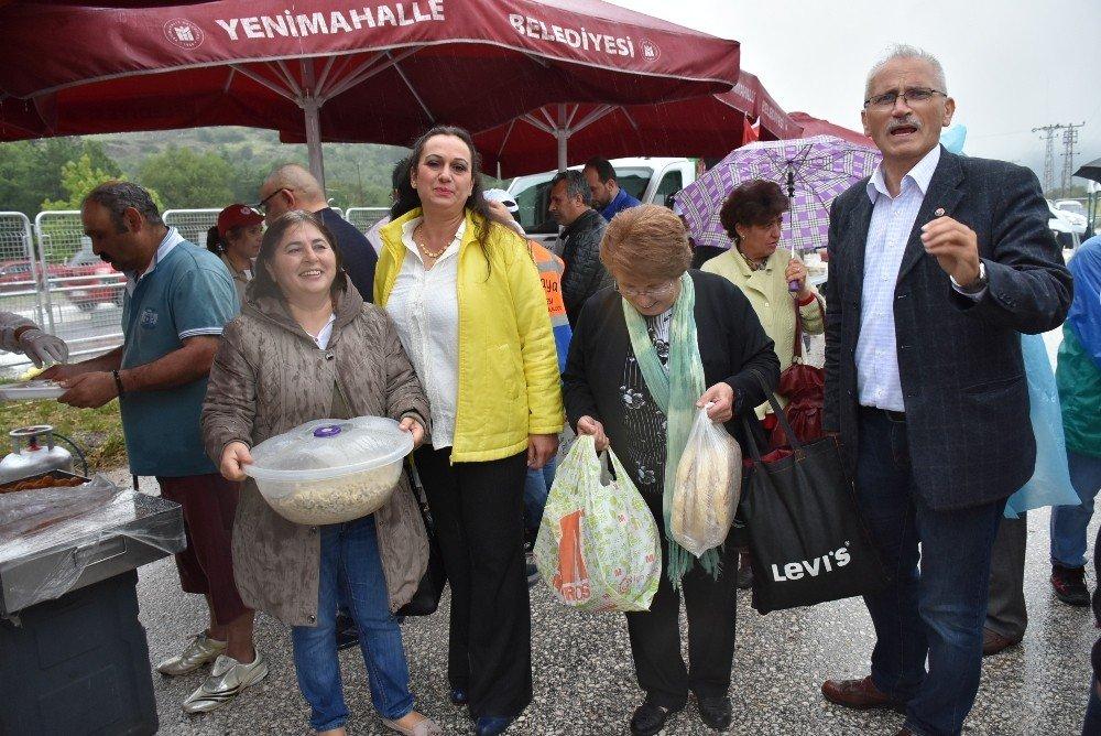 Kılıçdaroğlu'na Kızılcahamam'da yöresel yemek ikramı