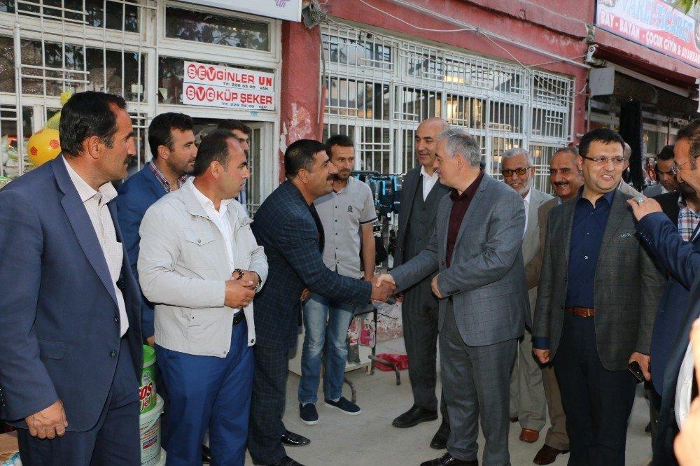 Başkan Aydın'ın Van ziyareti