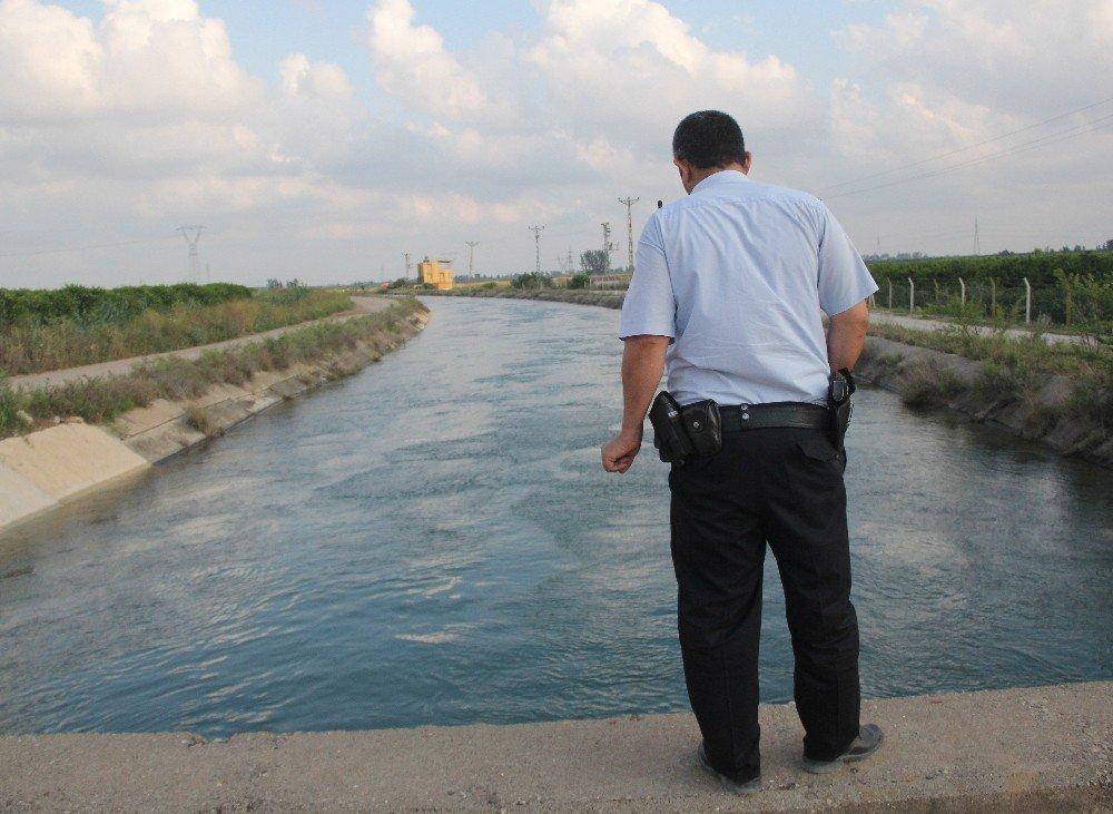 Adana'da sulama kanalına düşen şahıs kayboldu
