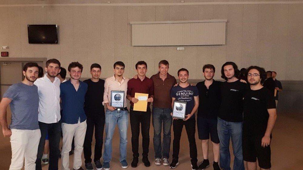 Yıldız Teknik Üniversitesi öğrencilerinden büyük başarı