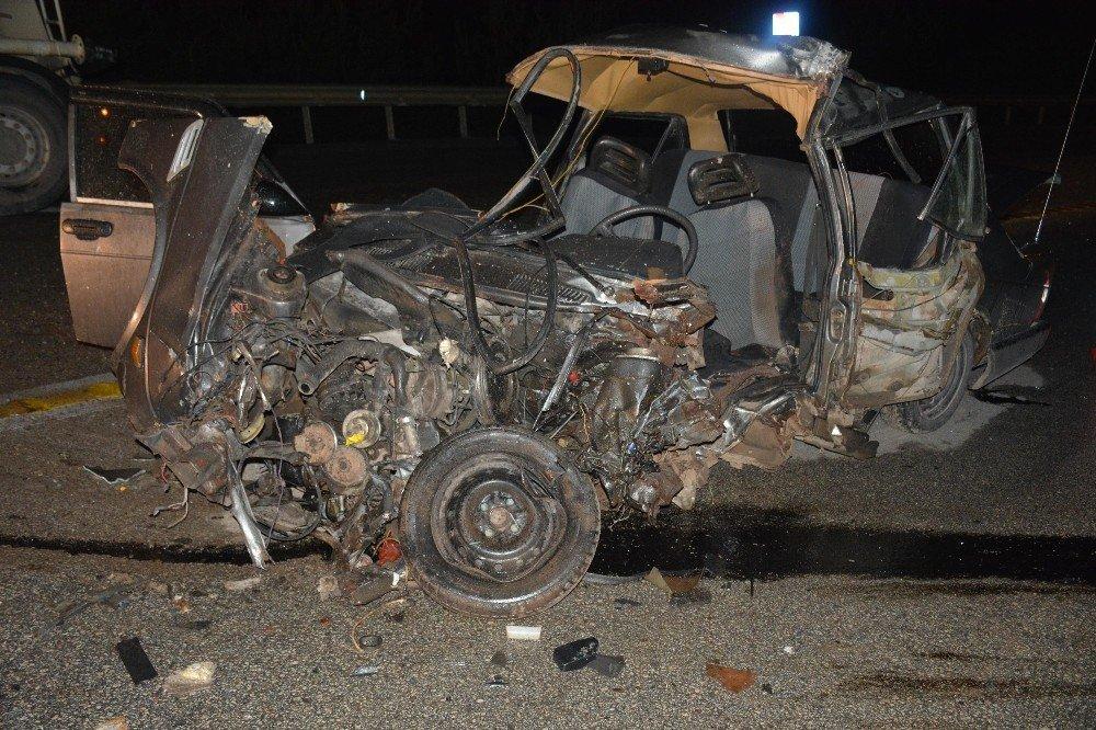 Otomobil beton mikseriyle çarpıştı: 1 ağır yaralı