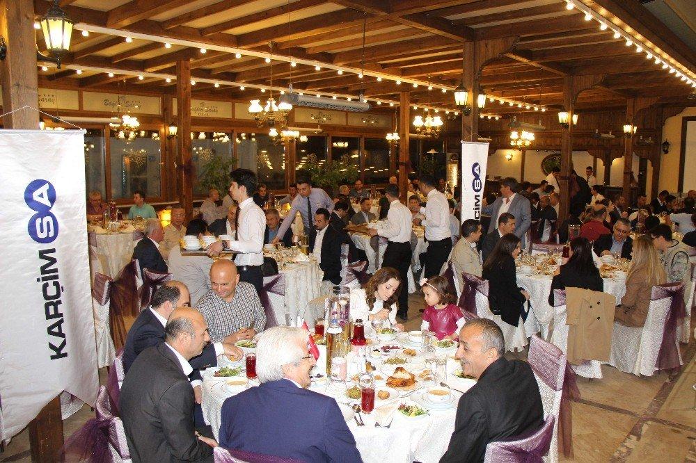 KARÇİMSA'dan iftar yemeği