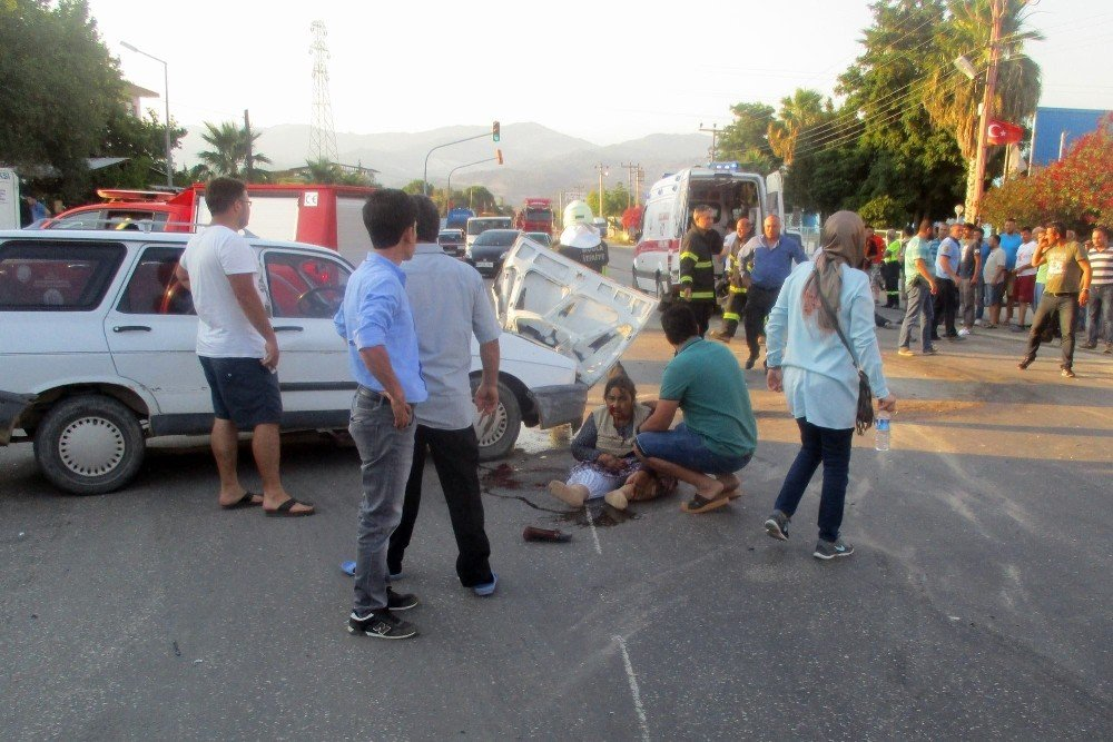 Milas'ta tırla otomobil çarpıştı; biri ağır, 2 yaralı