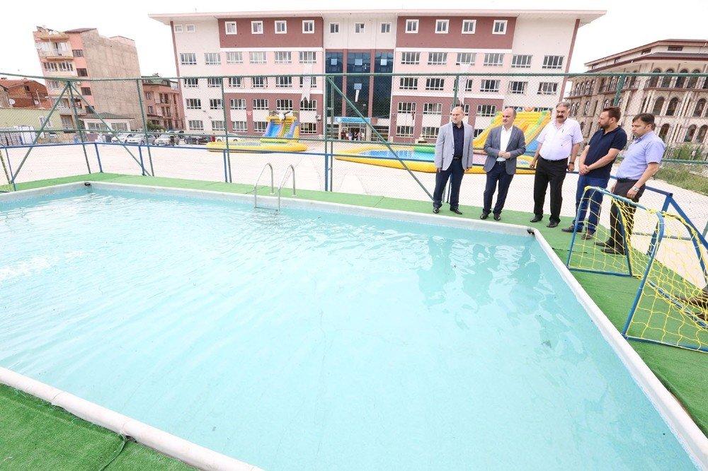 Pamukkale'de 7 bin çocuk yüzme öğrenecek