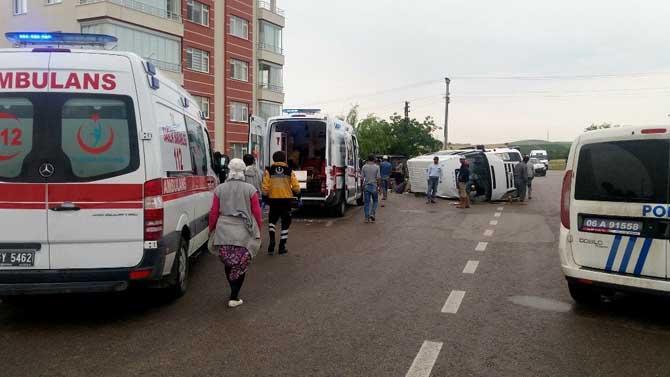 Ankara'da trafik kazası: 11 yaralı