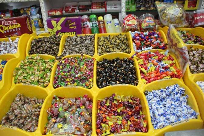Bayram çikolata ve şekerlerine bu sene ilgi daha çok