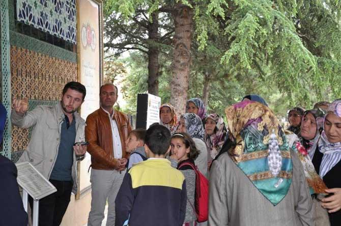 Şeyh Edebali Türbesi ve Osmanlı Padişahları Tarih Şeridi'ne ziyaret