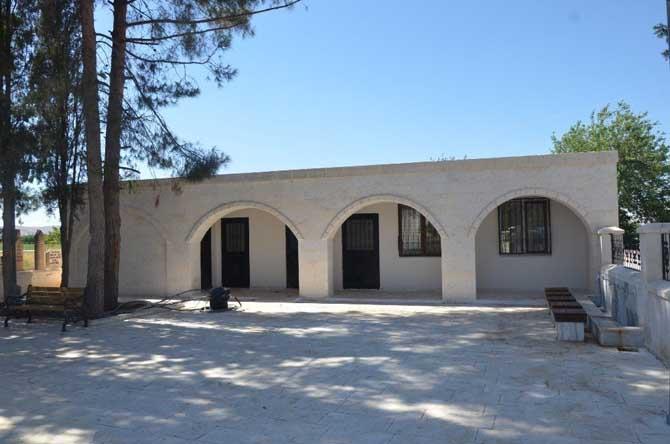 Büyükşehir Abdurrahman Dede Cami ve Türbesini restore etti