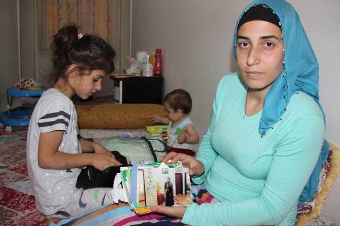 İki çocuk annesi felçli kadın yardım bekliyor