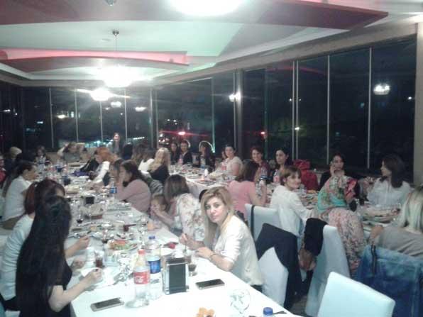 Malkara Belediyesinin kadın çalışanları iftarda buluştu