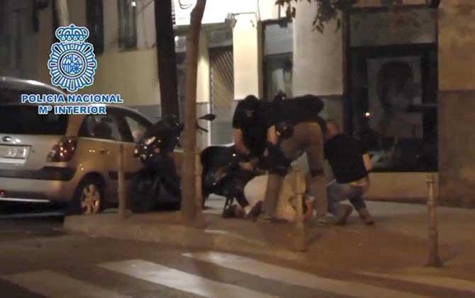 İspanya'da DEAŞ'la bağlantılı 3 kişi gözaltına alındı